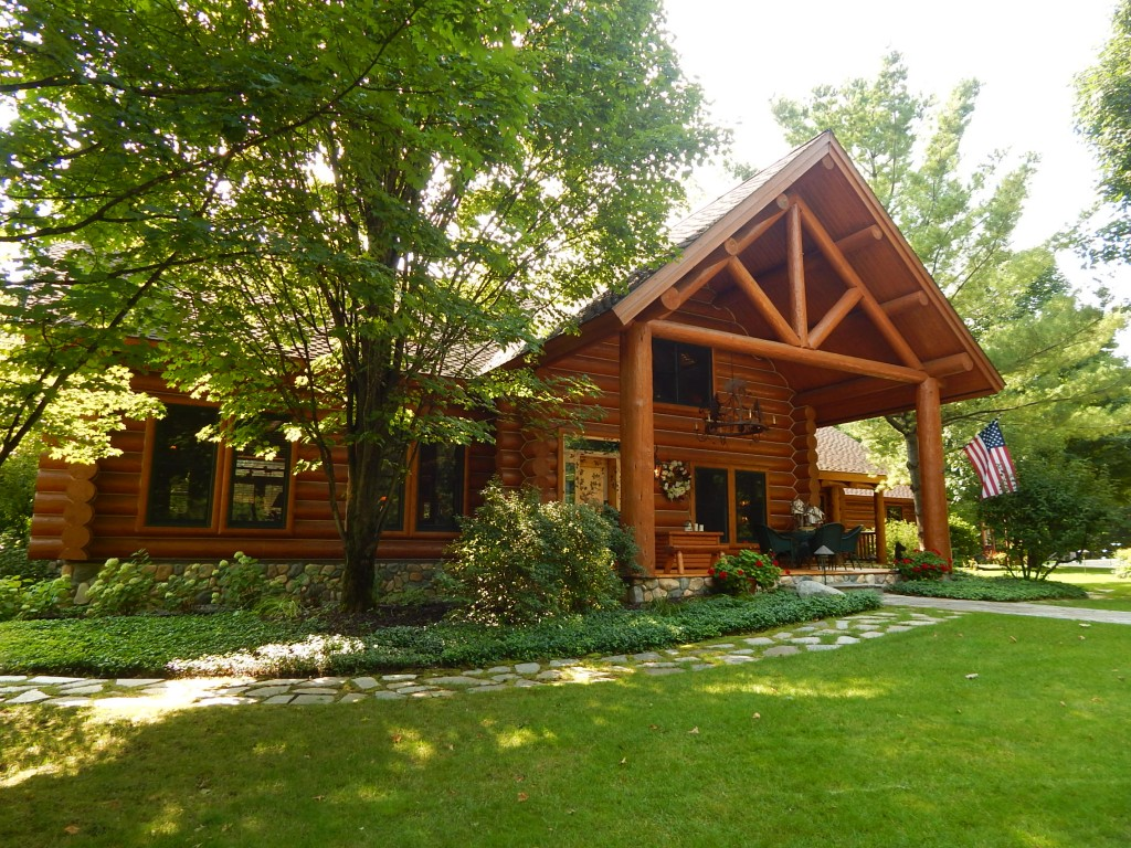 Michigan Riverfront Home Properties For Sale