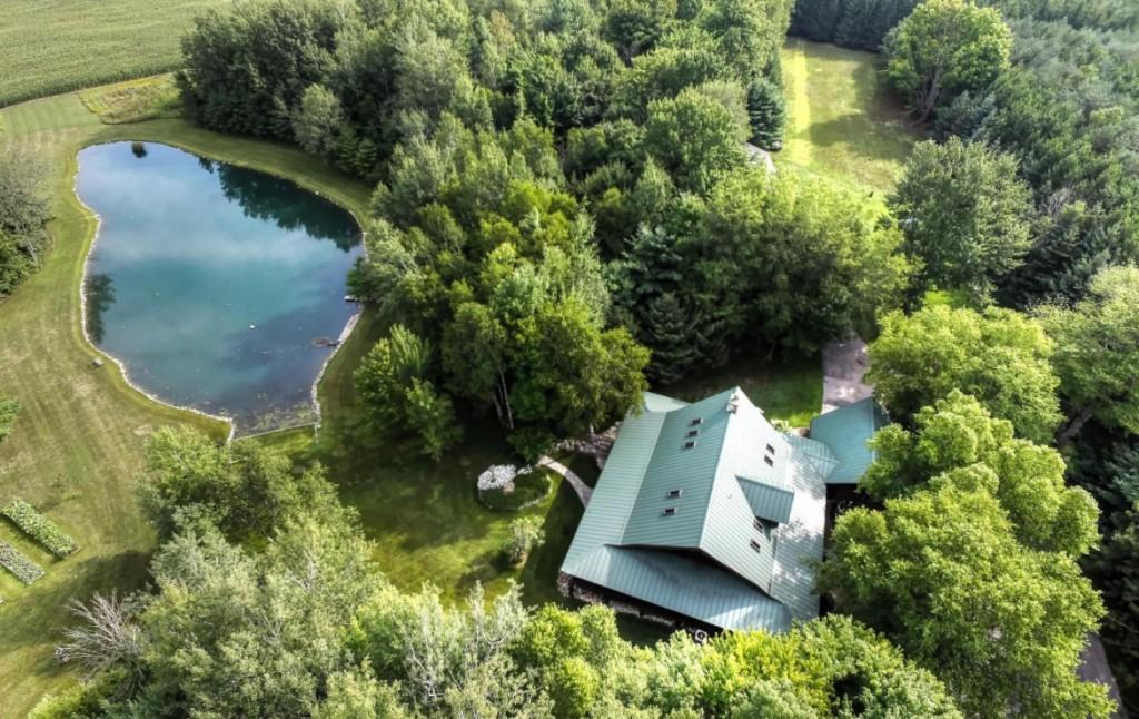 Michigan Lake Homes
